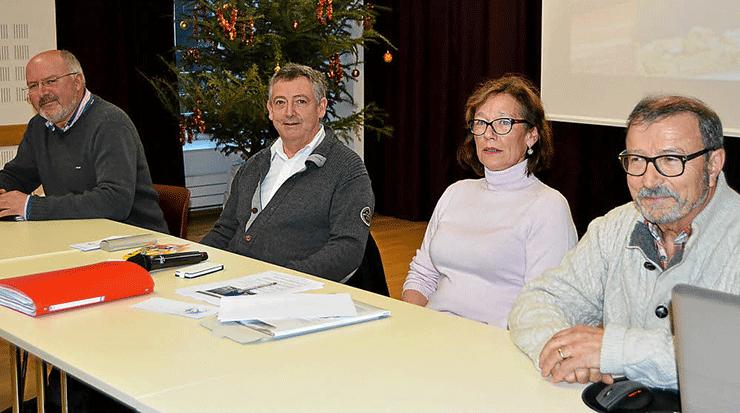 Bureau UPRB 2015 : présidente, Michèle Lesage ; trésorier, Jean-Noël Roignant ; André Caroff, trésorier adjoint ; secrétaire, Christian Guyader, Paul Guillou, secrétaire adjoint.